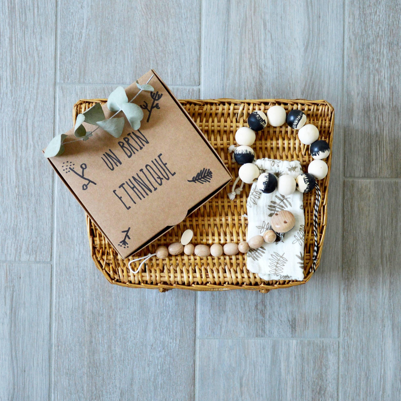 maman r veuse cadeau de naissance au r ve veill. Black Bedroom Furniture Sets. Home Design Ideas